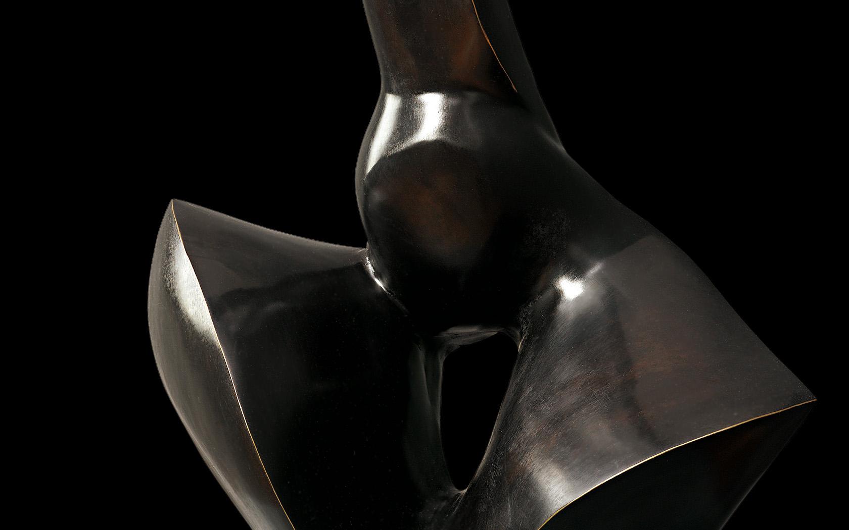Matrona 2001 brąz H 66 cm