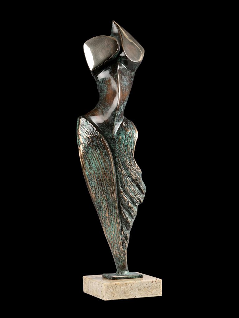 Laura 2011 bronze H 49 cm
