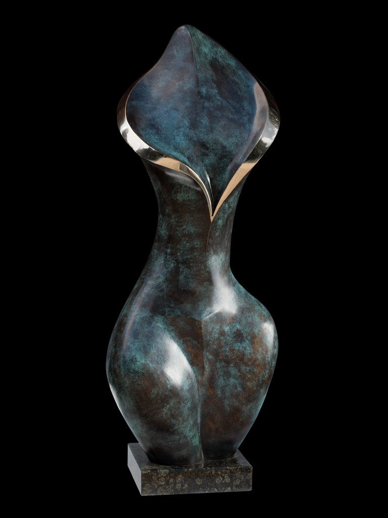 Złoty szal (Golden Shawl) 2006 bronze H 99 cm